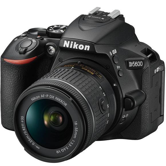 Nikon D5600 + 18-55 AF-P VR  - 1