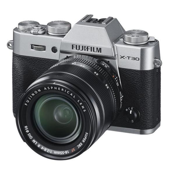 Fujifilm X-T30 +  XF 18-55 mm Silver  - 1